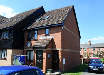 Thumbnail 3 bed flat for sale in Albert Street, Grantham