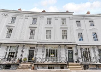 Thumbnail 5 bed town house for sale in Lansdowne Crescent, Leamington Spa, Warwickshire