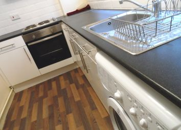 Thumbnail 1 bed flat to rent in Ronald Courts, Jubilee Road, City Centre, Leicester