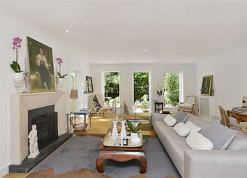 Thumbnail 3 bed flat for sale in Denning Road, Hampstead Village, London