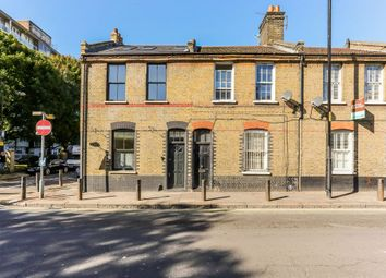 Thumbnail 1 bedroom flat for sale in Derbyshire Street, London