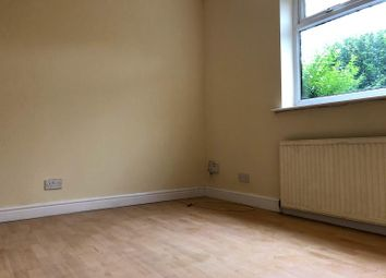 Thumbnail Room to rent in Warmsworth Road, Doncaster, Balby