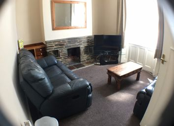 3 bed property to rent in Clifton Place, North Hill, Plymouth PL4