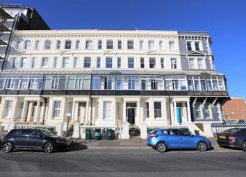 Thumbnail 2 bedroom flat for sale in Kingsway, Hove