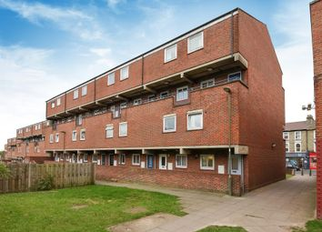 Thumbnail 2 bed flat for sale in Prince Of Wales Close, London NW4,