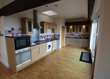 Thumbnail 2 bed flat to rent in 1A Hollowstone, Nottingham