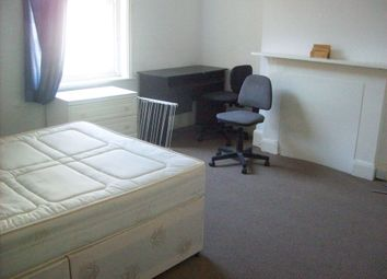 Thumbnail Studio to rent in Berkeley Road, Crouch End Central