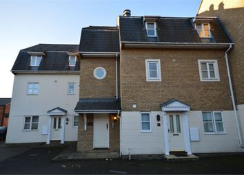 Thumbnail 1 bed flat to rent in Gresham Close, Brentwood, Essex