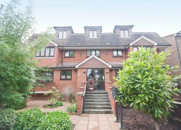Thumbnail 2 bed flat for sale in The Avenue, Hatch End, Middlesex