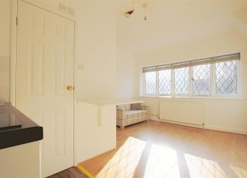 Thumbnail Studio to rent in Greenford Gardens, Greenford