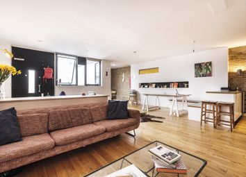 Thumbnail 1 bedroom flat for sale in Cyntra Place, London Fields