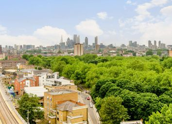 Thumbnail 1 bedroom flat for sale in Martello Street, London Fields