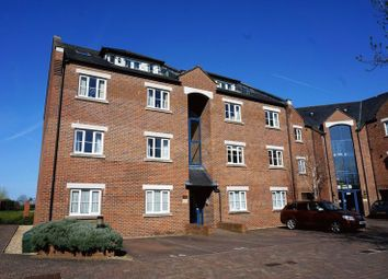 Thumbnail 2 bedroom flat for sale in Geoffrey Farrant Walk, Taunton