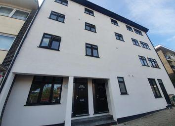 1 bed flat to rent in John Street, Rochester, Kent. ME1