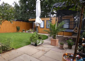 3 bed maisonette for sale in Milespit Hill, London NW7