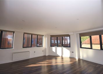 Thumbnail Flat to rent in George Street, Aylesbury