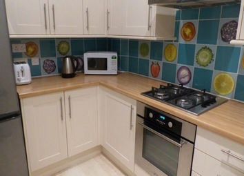 Thumbnail 2 bed flat to rent in Comely Bank Grove, Edinburgh