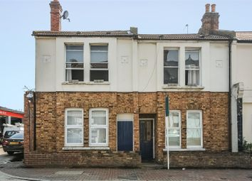 Thumbnail 1 bed flat to rent in Eardley Road, London