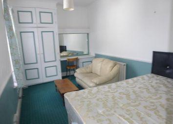 Thumbnail Studio to rent in Augusta Road, Acocks Green, Birmingham