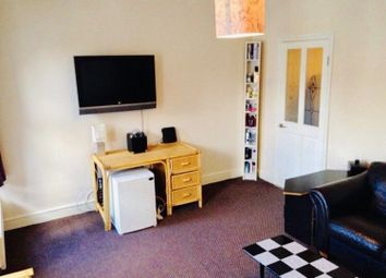Thumbnail 1 bed flat to rent in Sunningdale Avenue, Barking, Essex