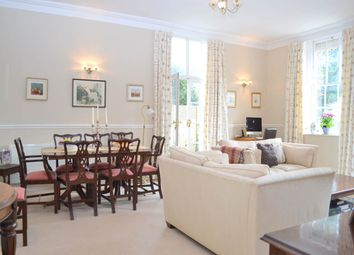 Thumbnail 2 bedroom flat to rent in Castle House, Old Bath Road, Newbury