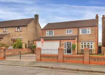 Thumbnail 4 bed detached house for sale in Laburnam Close, Grantham