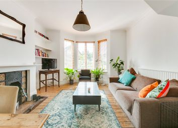 St. Quintin Avenue, London W10. 2 bed maisonette