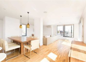 Thumbnail Terraced house for sale in South Avenue, Southend On Sea