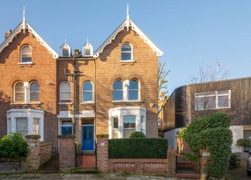 Thumbnail 2 bedroom flat for sale in Ruddall Crescent, Hampstead, London