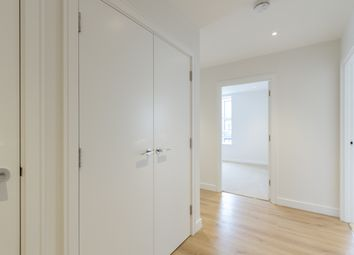 Thumbnail 2 bed flat to rent in Heritage Place, London
