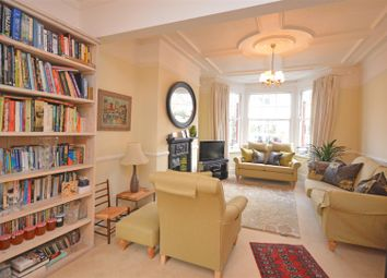 Thumbnail 4 bed detached house to rent in Defoe Avenue, Kew, Richmond