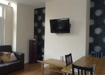 Thumbnail 5 bed property to rent in Willesden Avenue, Manchester