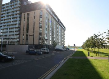 Thumbnail 1 bed flat to rent in Glasgow Harbour Terraces, Glasgow