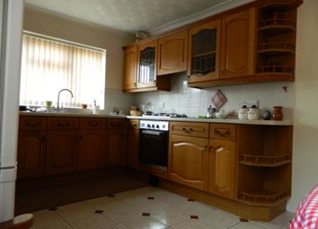 Thumbnail 5 bed maisonette to rent in Midland Road, Bedford