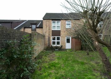 Thumbnail 1 bed flat for sale in Linnett Close, London