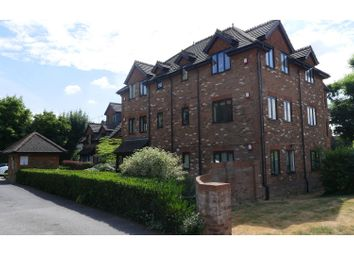 Thumbnail 1 bed flat to rent in Brooklyn Road, Woking