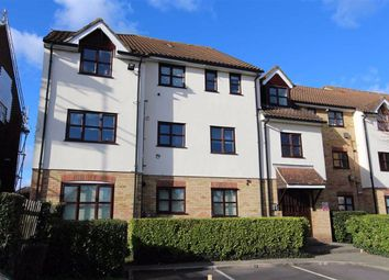 Thumbnail 1 bed flat for sale in Lea Court, North Chingford, London