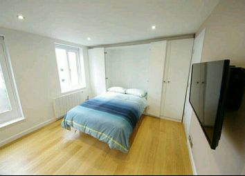 Thumbnail Studio to rent in Discovery Walk, London