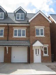 Thumbnail 3 bed town house to rent in Horne Close, West End, Southampton