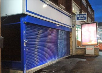 Thumbnail Retail premises to let in Goodmayes Road, Ilford