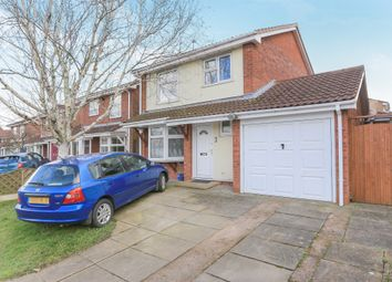 Thumbnail 3 bedroom detached house for sale in Baneberry Drive, Featherstone, Wolverhampton