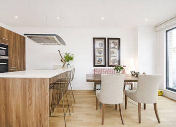 Thumbnail 2 bed flat to rent in Llanvanor Road, Golders Green