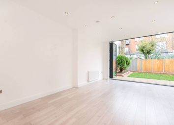 Thumbnail 3 bed flat to rent in Park Avenue, Willesden Green