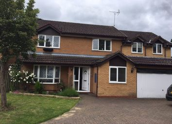 Thumbnail 5 bed detached house to rent in Merlin Way, Farnborough