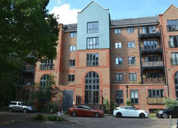 Thumbnail 1 bedroom flat for sale in Cannons Wharf, Tonbridge