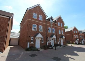 Thumbnail 3 bed town house to rent in Clifford Crescent, Sittingbourne