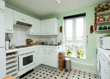 Thumbnail 2 bed flat for sale in Ascalon Street, Battersea