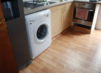 Thumbnail 9 bed terraced house to rent in Headingley Avenue, Leeds