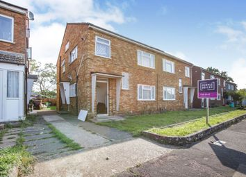 2 bed maisonette for sale in Bush Close, Ilford IG2