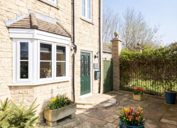 Thumbnail 4 bed property for sale in Perrinsfield, Lechlade